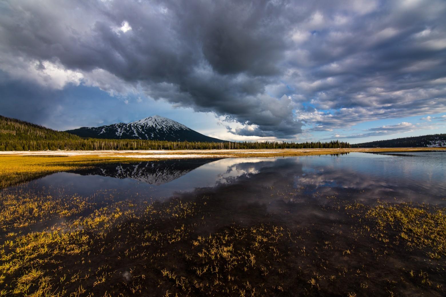 Mt Bachelor Sparks Lake