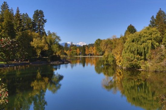 Mirror Pond Bend Oregon