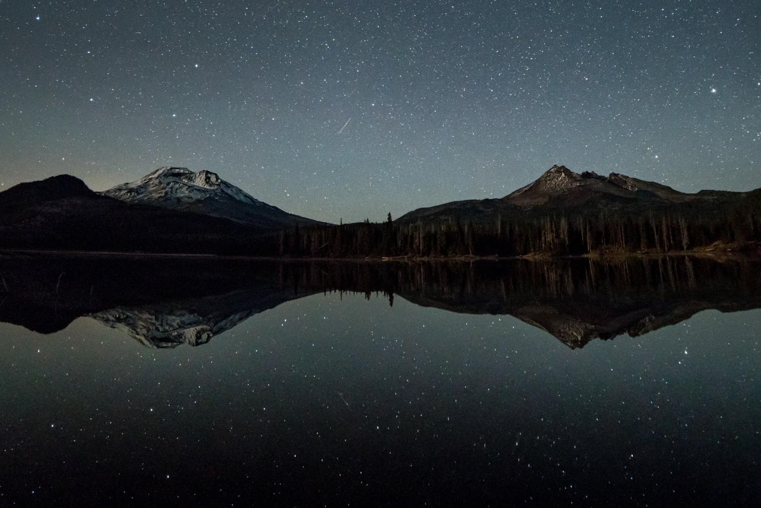 Sparks Lake Bend Oregon Stars