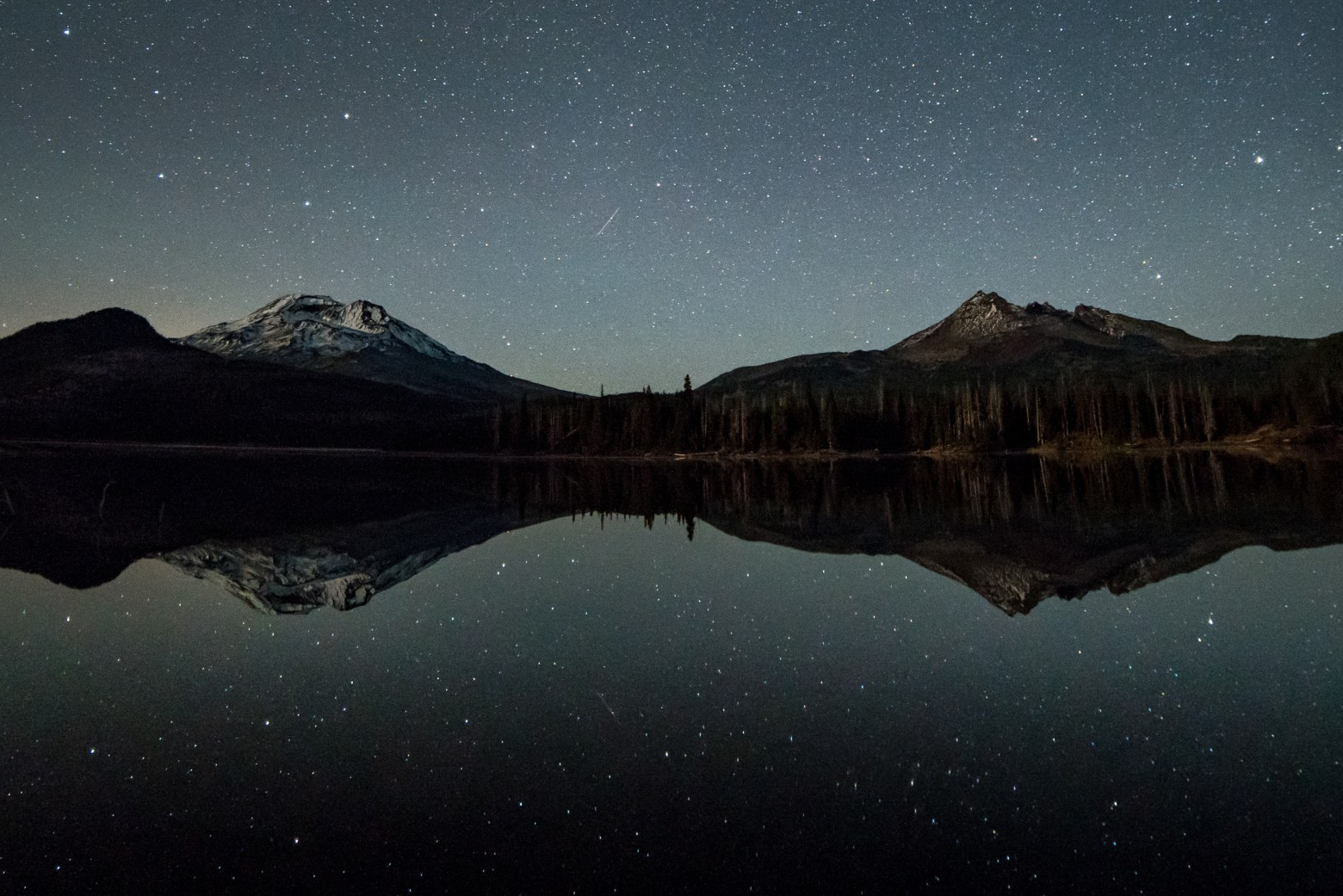 Sparks Lake Bend Oregon Stars