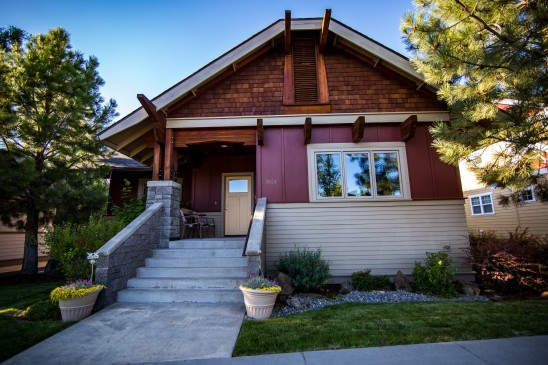 Real Estate Front Of House Bend Oregon