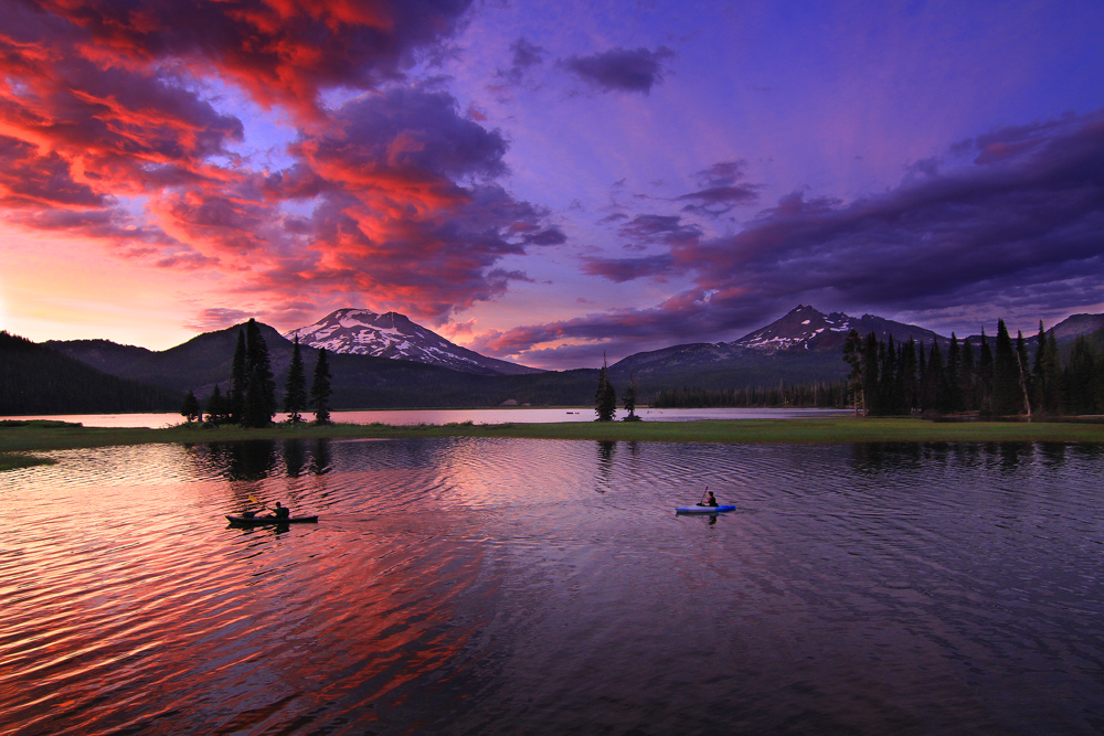 Sparks Lake Sunset Kayakers